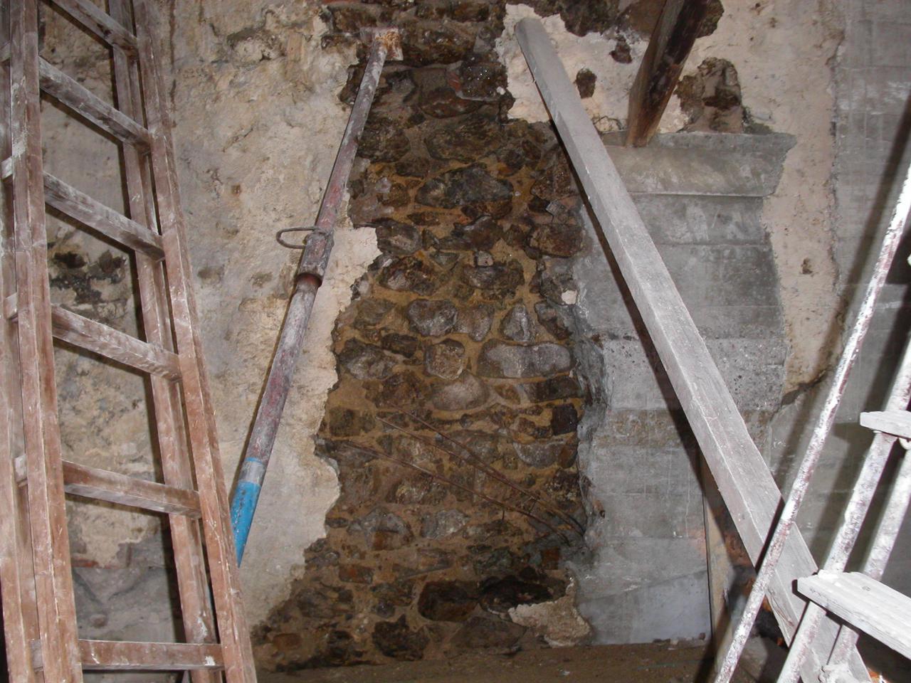 X04135 reprise mur