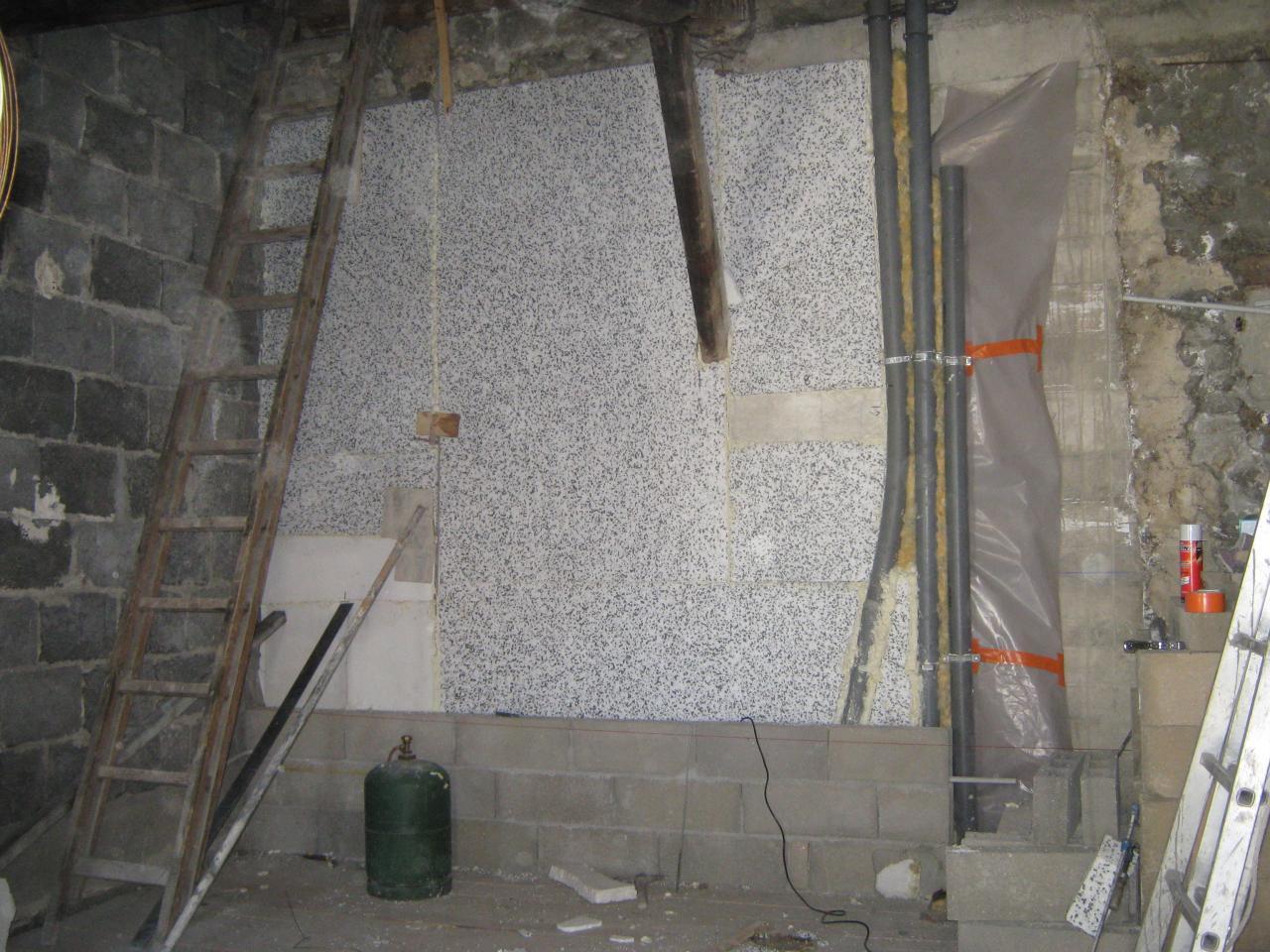 X12213 Isolation vide sanitaire avant doublage