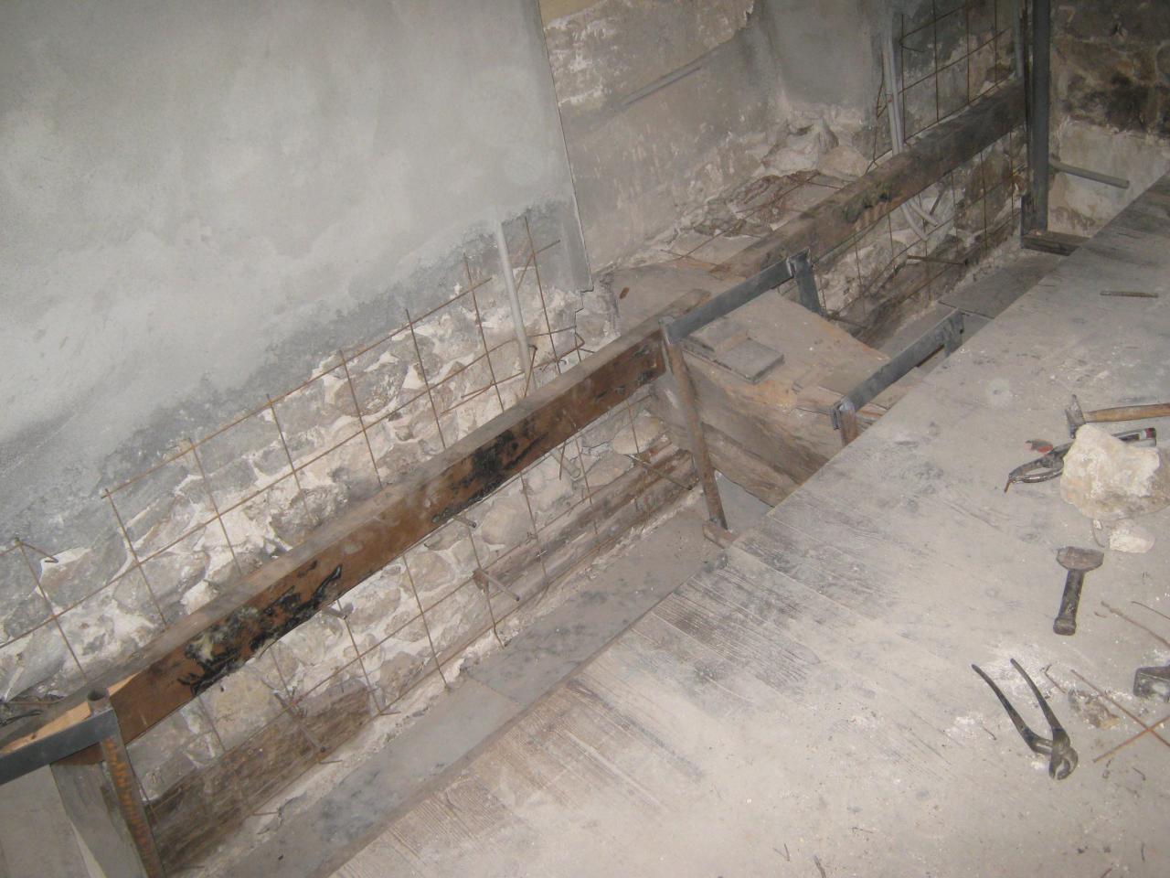 X12340 Crépissage sous ligne plancher