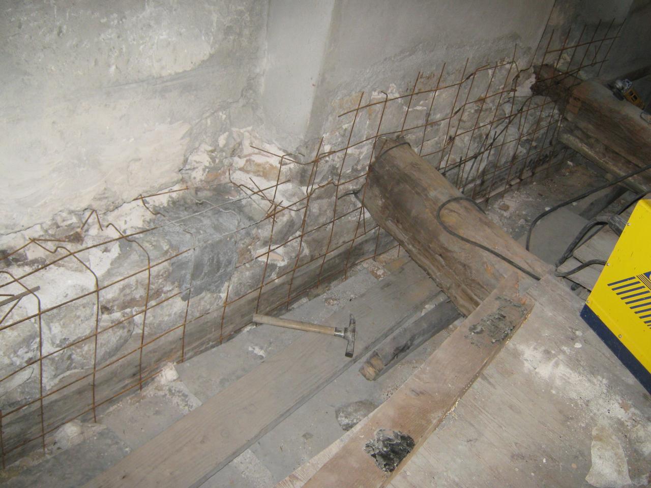 X12692 Crépissage sous ligne plancher